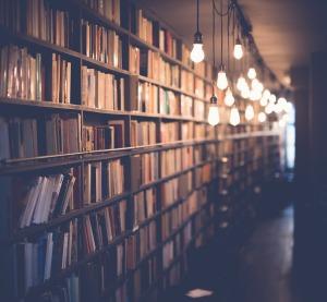 books-2596809_1280.jpg